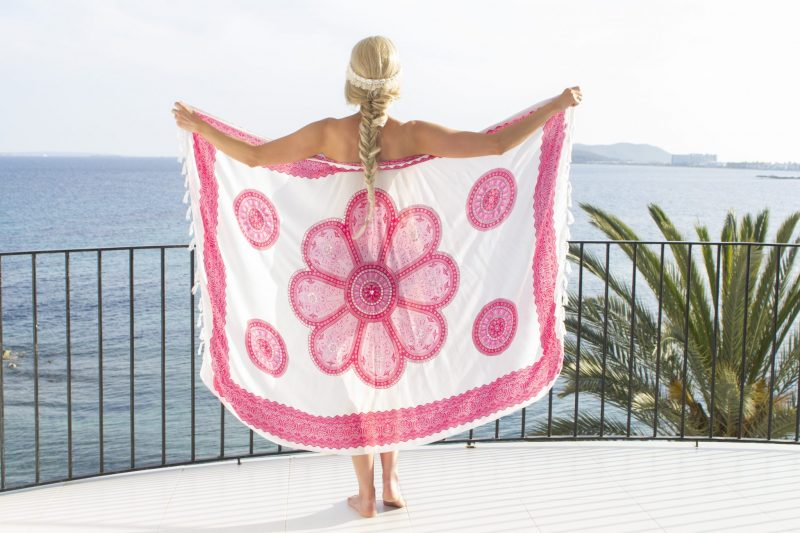 Pure Kenya Sarong white pink