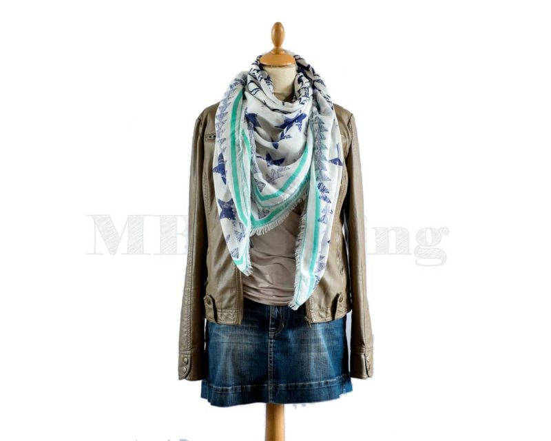 Shawl-Moment-by-Moment-modal-viscose-Eindhoven-powder-blues