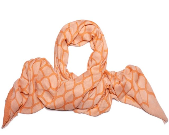 Shawl Moment by Moment viscose powder oranges