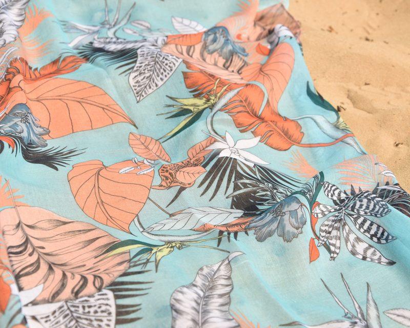 Shawl, katoen viscose, tropisch dessin, zeegroen