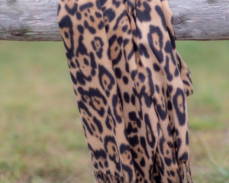 Shawl katoen-viscose-wol dierenprint cognac