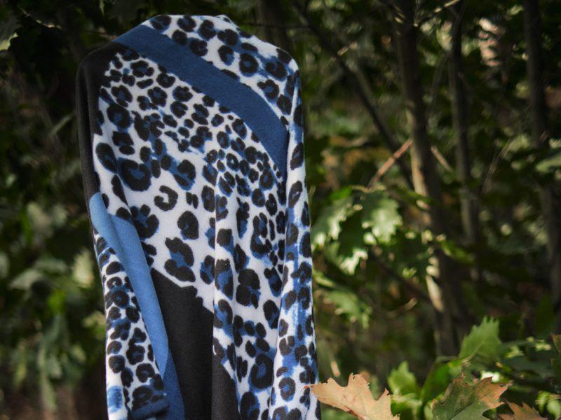 Shawl-wol-viscose-katoen-panterprint-blokken-blauw