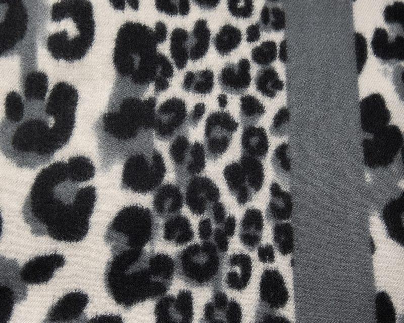 Shawl-wol-viscose-katoen-panterprint-blokken-grijs