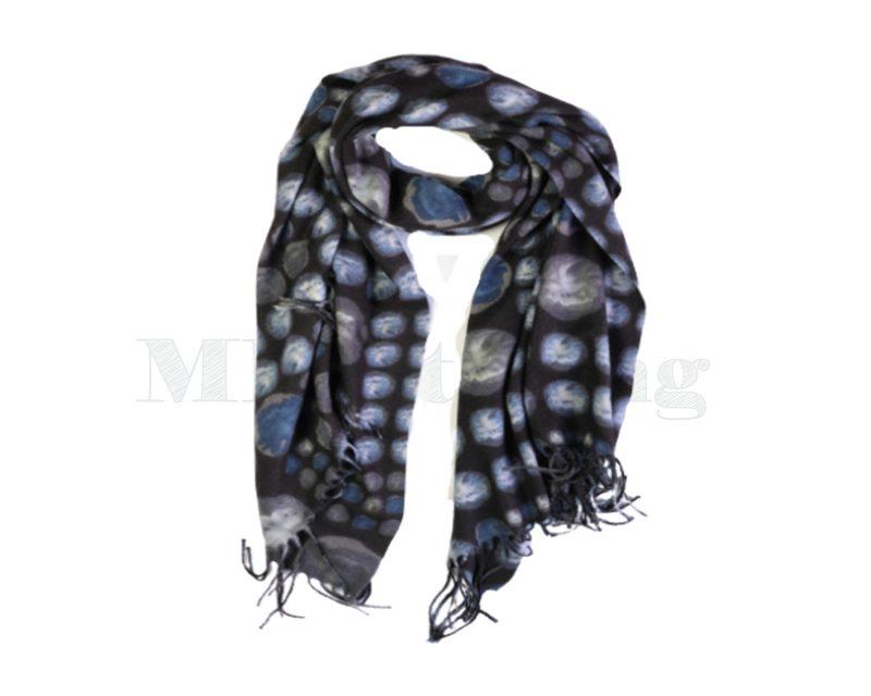 Sjaal-Viscose-zwarte-cirkels