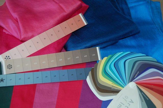 Persoonlijke kleuranalyse met persoonlijke kleurenwaaier